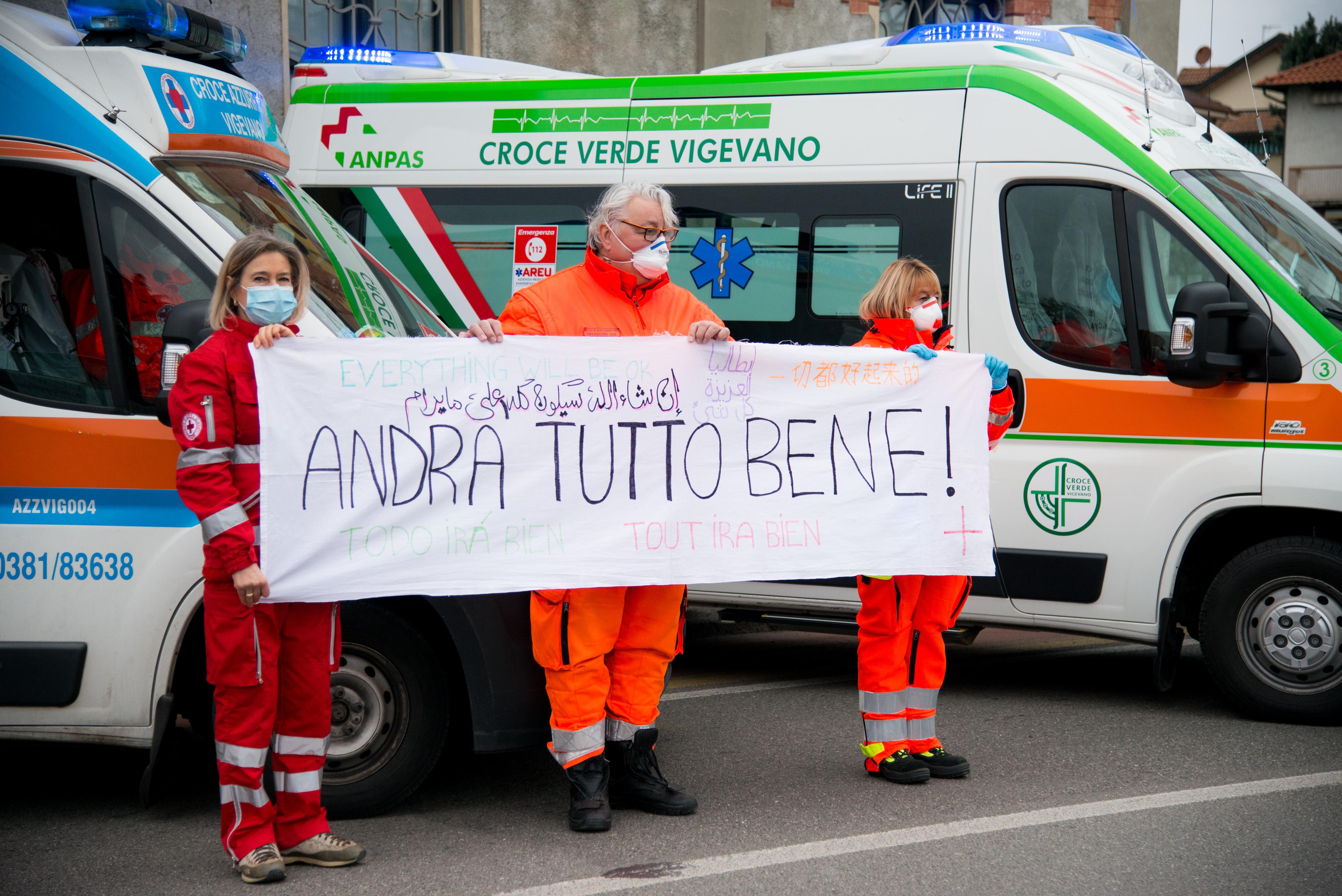 Omaggio agli operatori sanitari COVID19